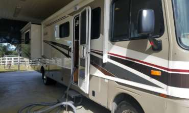 RV AND AUTO CLEANING